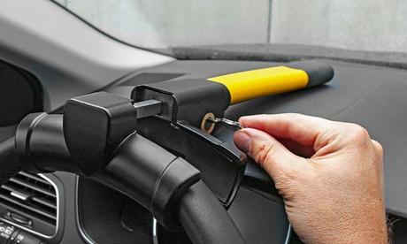 Barra antirrobo para el volante del coche