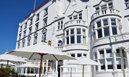 SouthendOnSea: OneNight Stay for Two People with Breakfast and Option for Tapas and Cocktails at The Westcliff Hotel