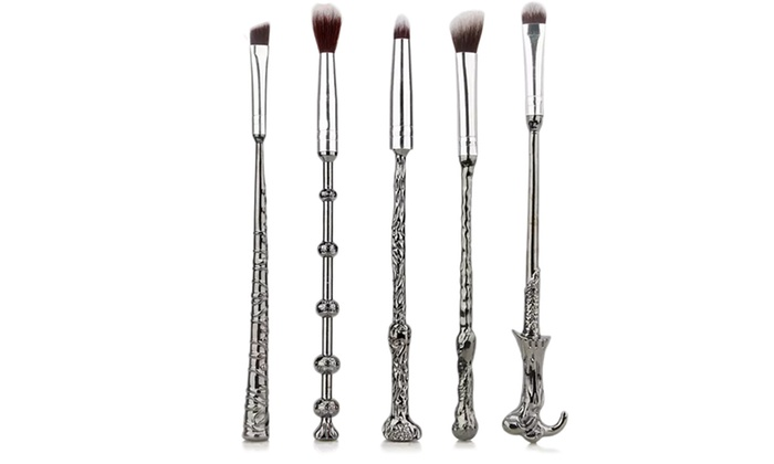 One, Two or Three Five-Piece Magic Wand Make-Up Brush Sets from £5.99