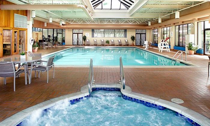 Comfy Hotel near Mohegan Sun Poconos Casino