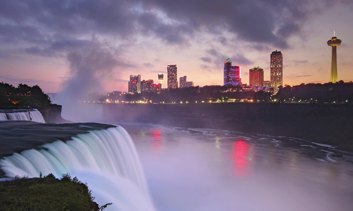 Niagara Falls Hotel with Family Fun Package
