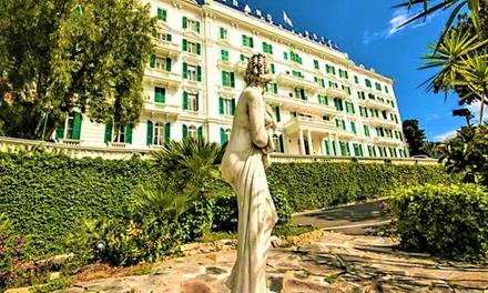 San Remo: habitación doble clásica con vista al mar para 2 con desayuno o media pensión en Grand Hotel & Des Anglais 4*