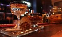 Cocktailreise inkl. Snacks für 2 oder 4 Personen in der Tom Hagen Bar (bis zu 54%sparen*)