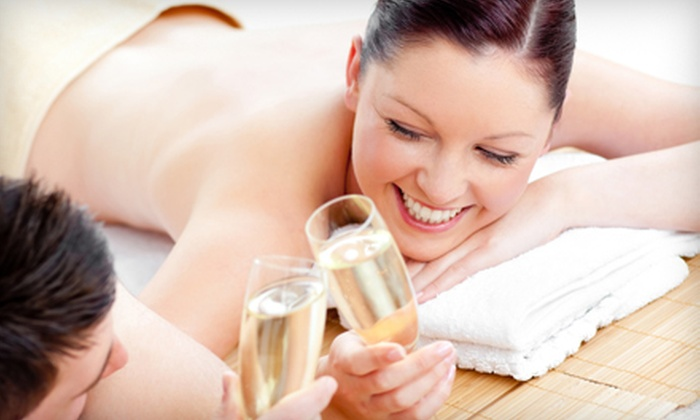 Body Lounge Spa - Sherman Oaks: $99 for a Couples Hot-Stone Massage Package with Reflexology, Champagne, and Chocolate at Body Lounge Spa ($260 Value)
