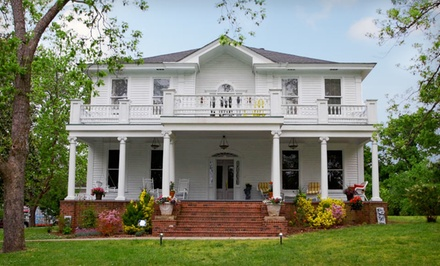 Charlotte: Two-Night Stay at Inn on York Street Bed and Breakfast in Chester, SC