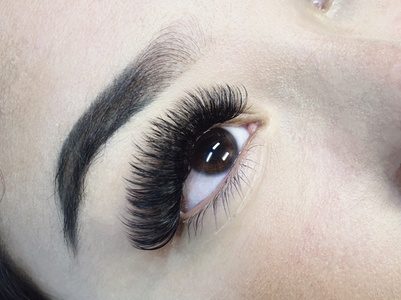 Up to 65% Off on Eyelash Extensions at Dear Lashes