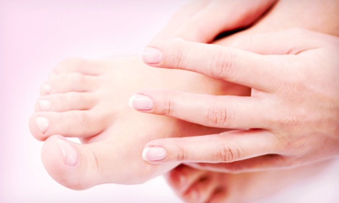 Starlynn Beauty Lounge - Lower Haight: Spa Pedicure with a Manicure and Foot Scrub, or a Starlynn Spa Mani-Pedi at Starlynn Beauty Lounge (Up to 52% Off)