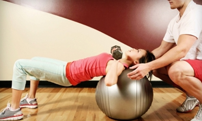 Fitness 19 - Green Bay: $19 for Three-Month Membership and Two Personal-Training Sessions at Fitness 19 ($190 Value)