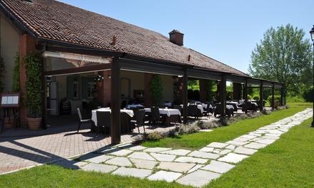 Luxury menu con 2 o 3 portate e vino per 2 persone al ristorante Borgo Bagnolo (sconto fino a 38%)