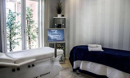 Tratamiento facial estético Renueve - C con limpieza facial y peeling por 29,95 € en Clinica Biomedical