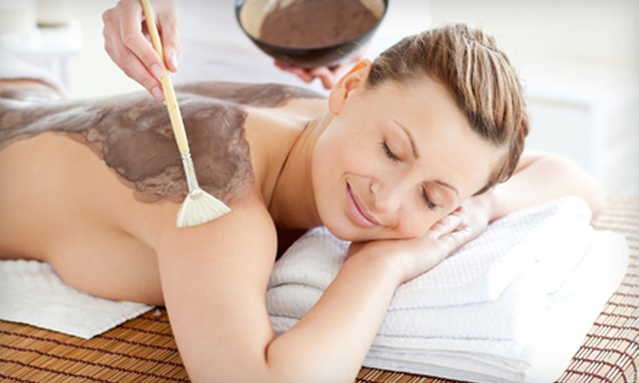 Oakridge Laser and Skin Care Clinic - Shaughnessy: $39 for a 60-Minute Detoxifying Chocolate Wrap at Oakridge Laser and Skin Care Clinic  ($199 Value)
