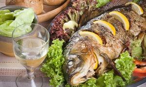 """סטלה ביץ - דג על הים: סטלה ביץ', חוף בת ים: ארוחה זוגית ב-99 ₪ או ארוחת דגים זוגית מפוארת רק ב-179 ₪. אופציה לרביעייה, גם בסופ""""ש ובחוה""""מ!"""