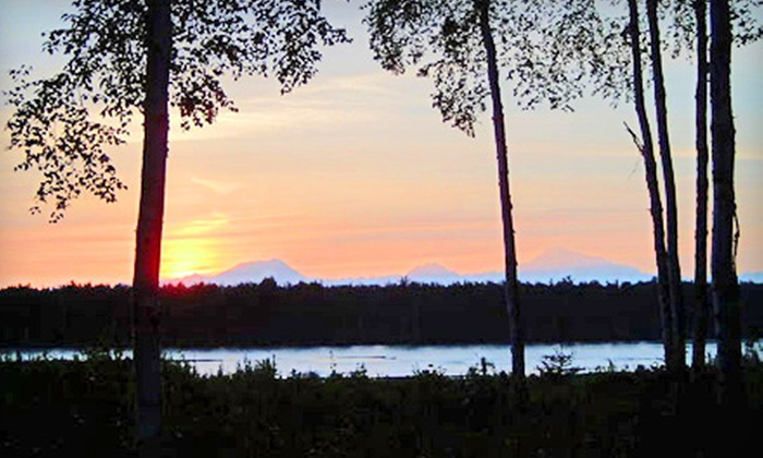 Montana Creek Campground - Susitna North: Camping Night in a Standard or Premium Campsite With or Without Electric Hookup at Montana Creek Campground in Talkeetna