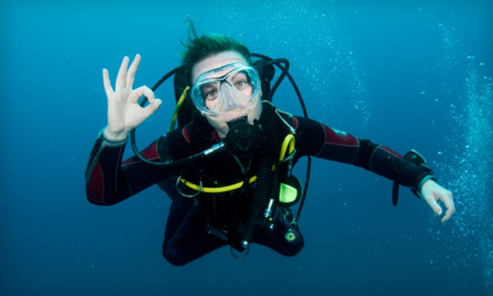 Scuba Jenn - Blue Springs Manor South: $15 for a Discover Scuba Diving Class at Scuba Jenn in Blue Springs ($30 Value)