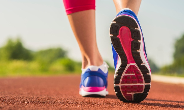 Run 2 Be Fit - Green Lake: 10 Running-Training Sessions from Run 2 Be Fit (50% Off)