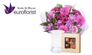 Euroflorist Europe BV: Blumenstrauß zum Muttertag inkl. Vase, Premium-Pralinen und Grußkarte von Euroflorist Europe BV (52% sparen*)
