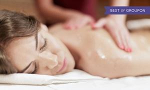 Studio fryzjersko-kosmetyczne Layla: 30-minutowy masaż pleców ciepłym olejem od 21,99 zł i więcej opcji w Salonie Layla