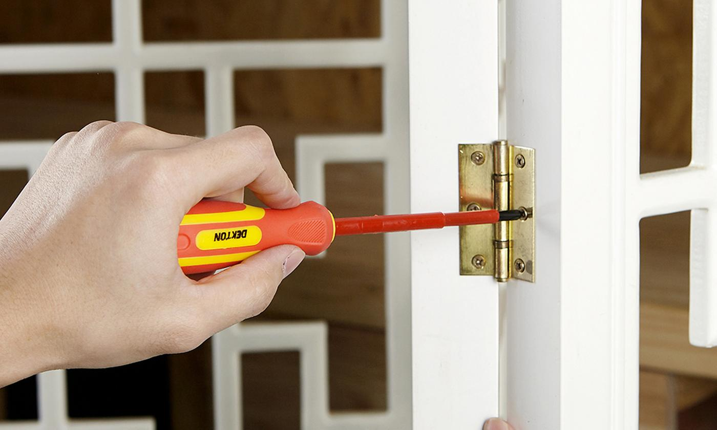 One or Two Dekton Six-Piece Insulated Screwdriver Sets