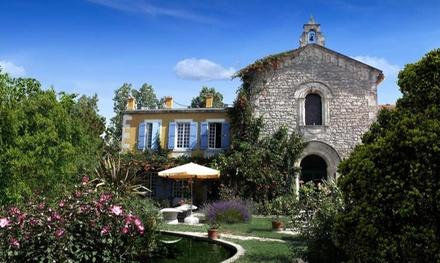 Arles: premium kamer voor twee personen, naar keuze met ontbijt en spatoegang bij 4* Mas de la Chapelle