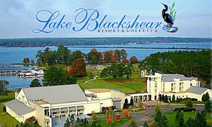 Lake Blackshear Resort and Golf Club - Cordele: $125 for One-Night Stay, Breakfast, and Two Activities at Lake Blackshear Resort and Golf Club in Cordele (Up to $329 Value)