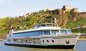 Rhein Mosel Schifffahrt Hölzenbein: Schifffahrt zum Weihnachtsmarkt Linz für Zwei oder Vier mit der Rhein Mosel Schifffahrt Hölzenbein (bis zu 50% sparen*)
