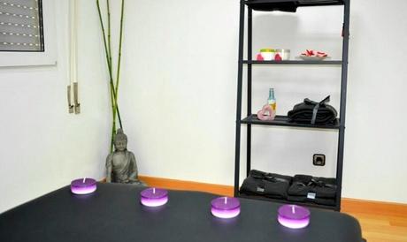 1 o 2 masajes a elegir con opción a reflexología podal y masaje craneofacial desde 12,95 € en Escuela Aradia