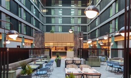 Londres: estancia para 2 personas en habitación doble, twin o king deluxe con desayuno en Hotel Mystery Heathrow 4*