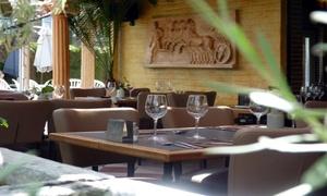Le Pythagoras: Menu Mezze Royal en 2 services pour 2,4 ou 6 personnes au restaurant Le Pythagoras à Bruxelles dés 24,99€
