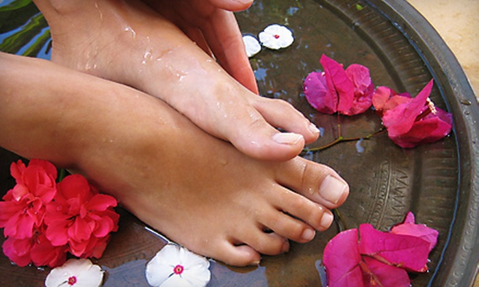 Essence Reflexology & Massage - Kiwanis Park: $44 for One-Hour Massage and One-Hour Reflexology Session at Essence Reflexology & Massage in Tempe ($104 Value)