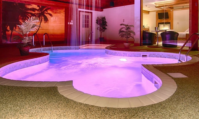 Hotel Rooms With Private Pools Illinois