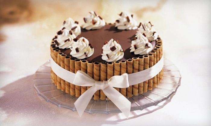 Häagen-Dazs Shop - Multiple Locations: $16 for $33 Worth of Ice-Cream Cakes at Häagen-Dazs Shop