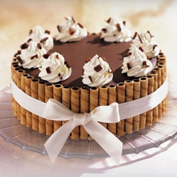 Phenomenal 52 Off Ice Cream Cakes Haagen Dazs Shop Groupon Personalised Birthday Cards Akebfashionlily Jamesorg