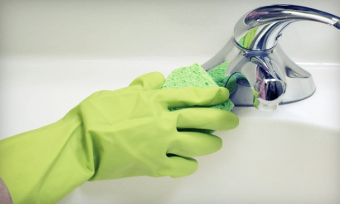 Organic Planet Cleaning - Downtown Asheville: $70 for Four Man-Hours of Organic Housecleaning from Organic Planet Cleaning ($140 Value)