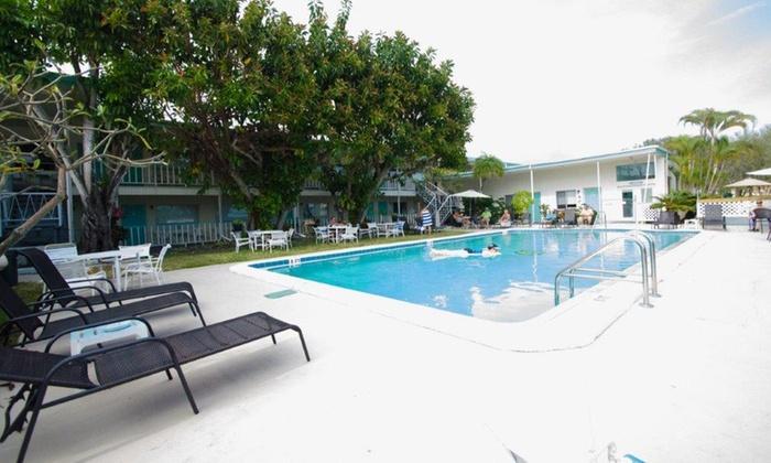 2 Nights And Wine At Retro Boutique Motel Near Malibu Beach With