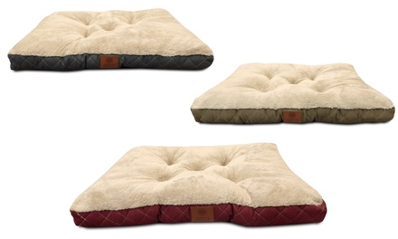 AKC Tufted Crate Mat with Diamond-Quilted Trim