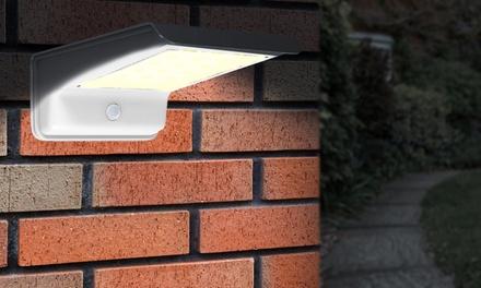 1 o 2 lampade con 20 LED ad energia solare