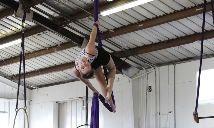 Up To 46 Off Circus Cles At The Academy Of Tucson