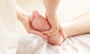 Cozy Feet Spa: Reflexology Massages at Cozy Feet Spa (Up to 56% Off). Four Options Available.