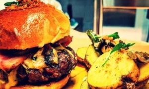 John LaMarket: Menú Premium Burger para 2 o 4 personas con combo de entrantes, principal, postre y bebida desde 19,95€ en John LaMarket