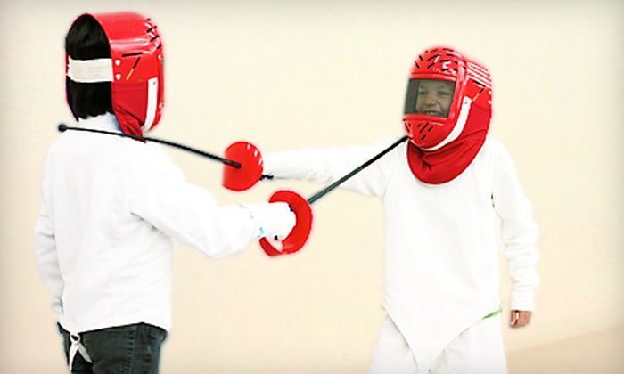 Avant Garde Fencers Club - West Los Angeles: $39 for a One-Month Fencing Membership with Four Group Classes at Avant Garde Fencers Club ($175 Value)