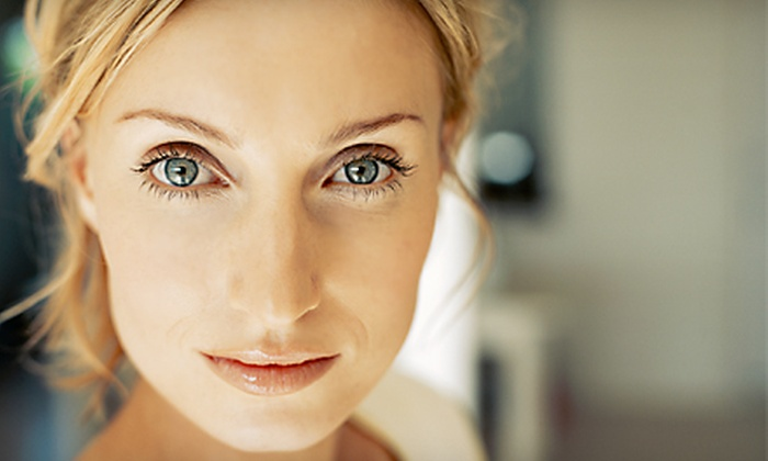Elements Salon and Wellness Spa - Las Vegas: $59 for an Anti-Aging Microphototherapy Treatment at Elements Salon and Wellness Spa ($135 Value)