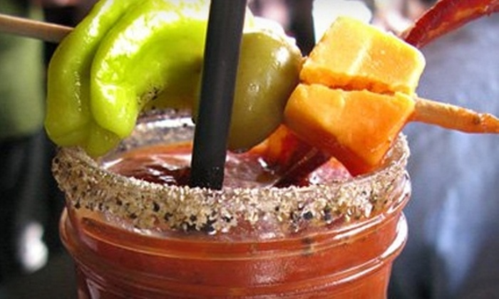 Squeeze Bar - Downtown: $10 for $20 of Wine, Martinis, and Mixed Drinks at Squeeze Bar