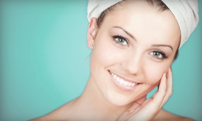 Palm Avenue Day Spa - Palm Harbor: $39 for a Facial with Enzyme Peel and Hot-Towel Foot Scrub at Palm Avenue Day Spa in Palm Harbor ($110 Value)