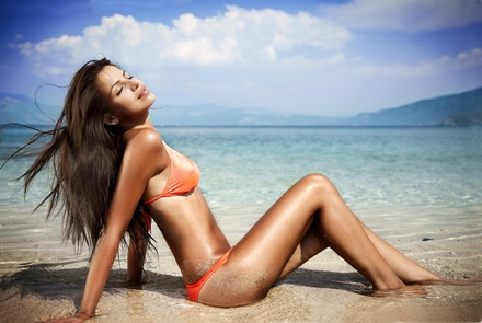 Four Mystic Spray Tans at Kiss and MakeUp (36% Off)