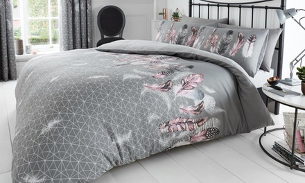 Single, Double or King Feathers and Butterfly Duvet Sets