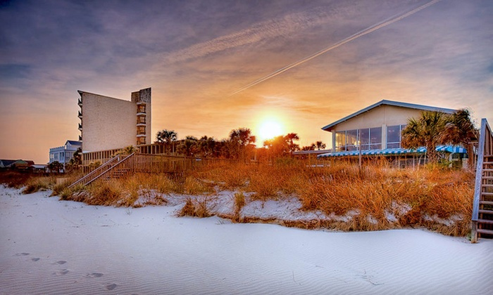 The Oceanfront Litchfield Inn - Pawleys Island, SC: One-Night Stay for Up to Four in Oceanfront Tower or Dunes Room at The Oceanfront Litchfield Inn in South Carolina