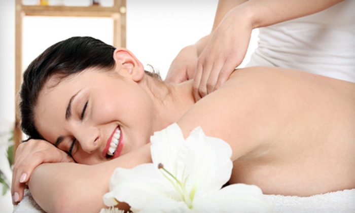 Massage MG - Davie: $49 for a 50-Minute Swedish Massage with Hot Stones and Aromatherapy at Massage MG ($100 Value)
