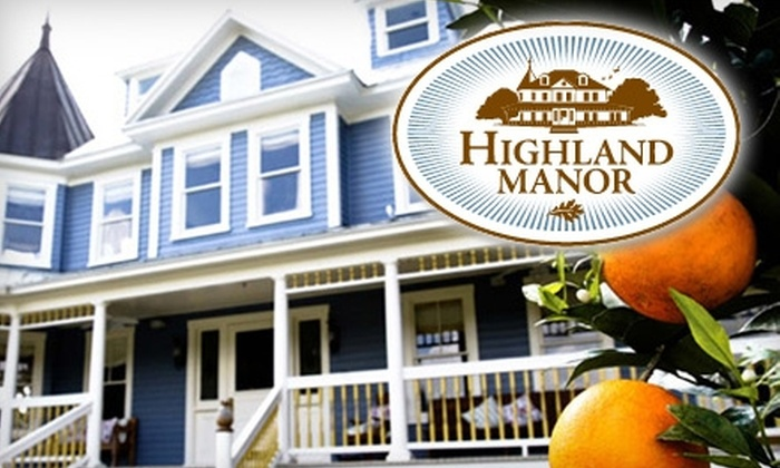 Highland Manor - Apopka: $12 for a Sunday Brunch Buffet with Unlimited Champagne and Bloody Marys ($30 Value) or $30 for $65 Worth of Gourmet Fare and Drinks at Highland Manor