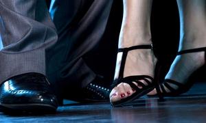 La Revancha: 10 lezioni di tango argentino per una o 2 persone all'accademia La Revancha, zona metro Romolo (sconto fino a 90%)