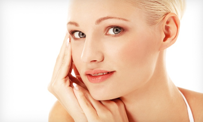 iGlow Med Spa - Beverly Hills: $99 for 20 Units of Botox at iGlow Med Spa in Beverly Hills ($240 Value)